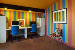 influencia cores escritorio